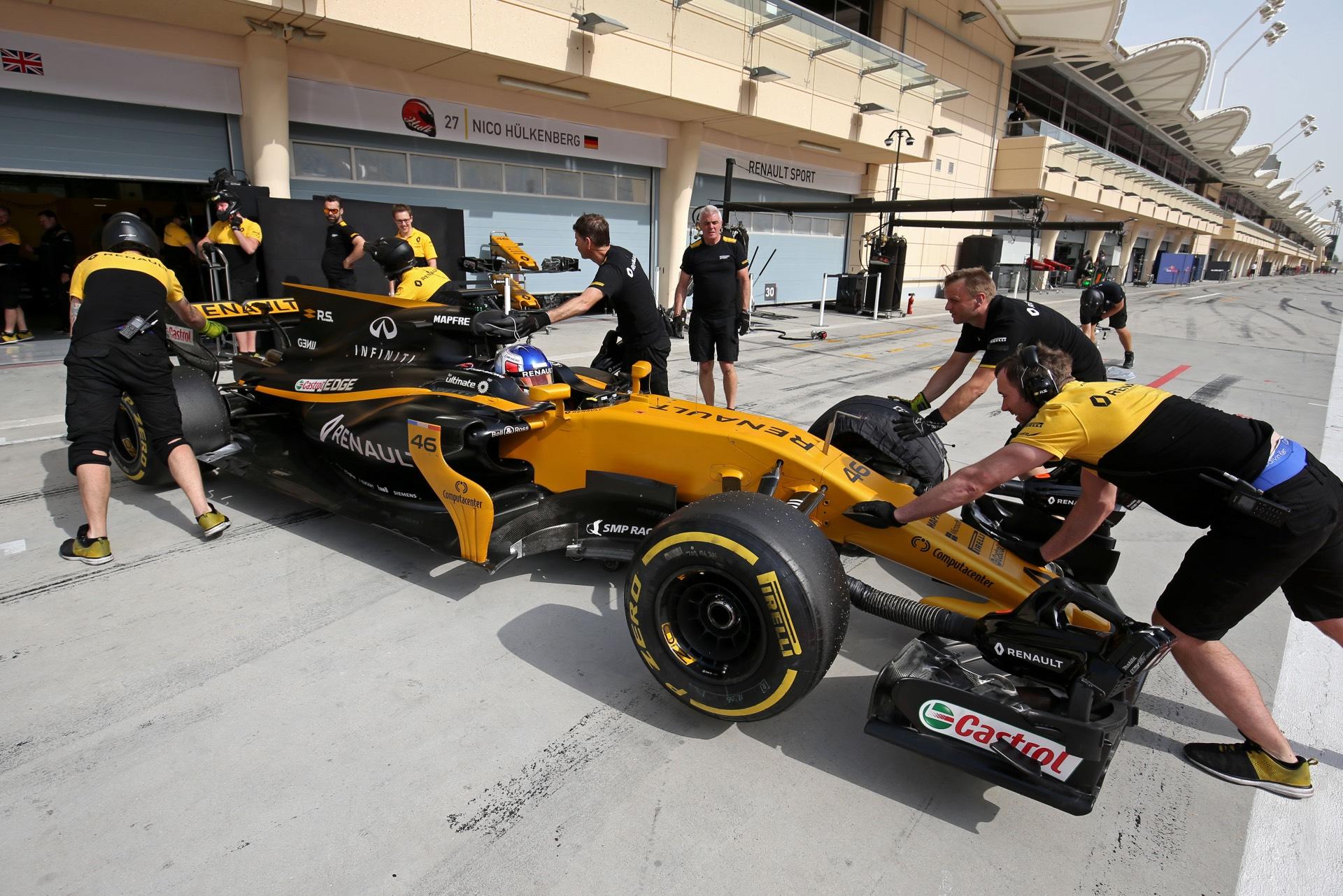 Motor Racing - Formula One Testing - Sakhir, Bahrain