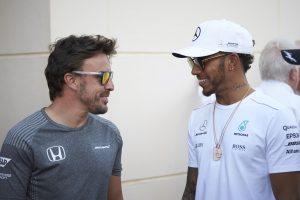 Hamilton: A Forma-1 szegényebb lesz Alonso nélkül