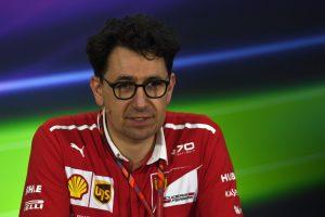 Mercedes: A Ferrari kinyilatkoztatott azzal, hogy Vettelt favorizálja