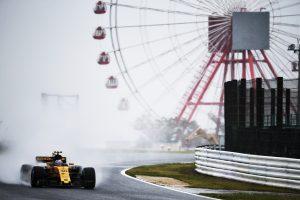 Esős időmérő várhat az F1-es mezőnyre Japánban