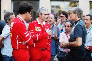 Forradalom a Ferrarinál, távozhat a csapatfőnök!