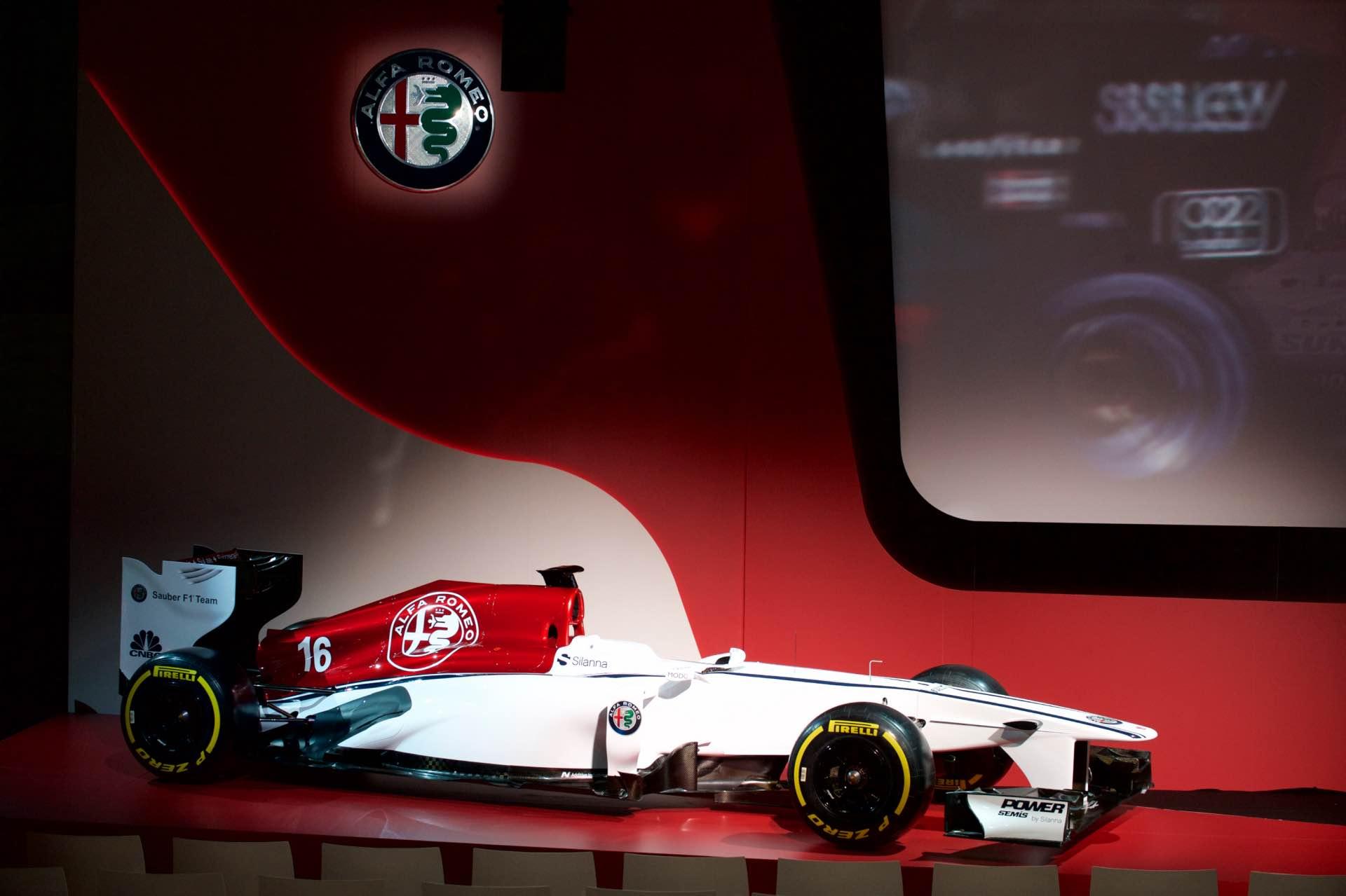 171202_Alfa-Romeo_Team-F1_01