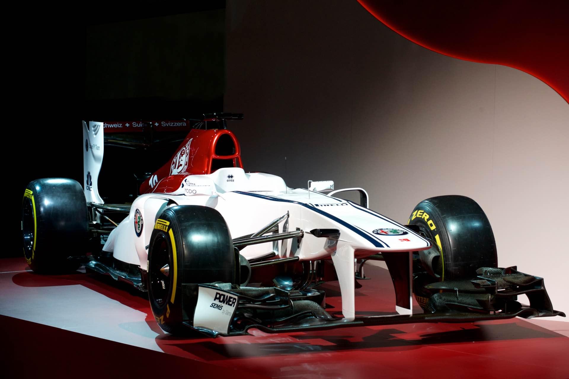 171202_Alfa-Romeo_Team-F1_05