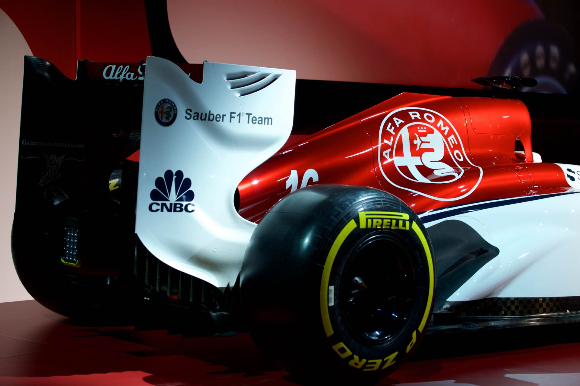 171202_Alfa-Romeo_Team-F1_08