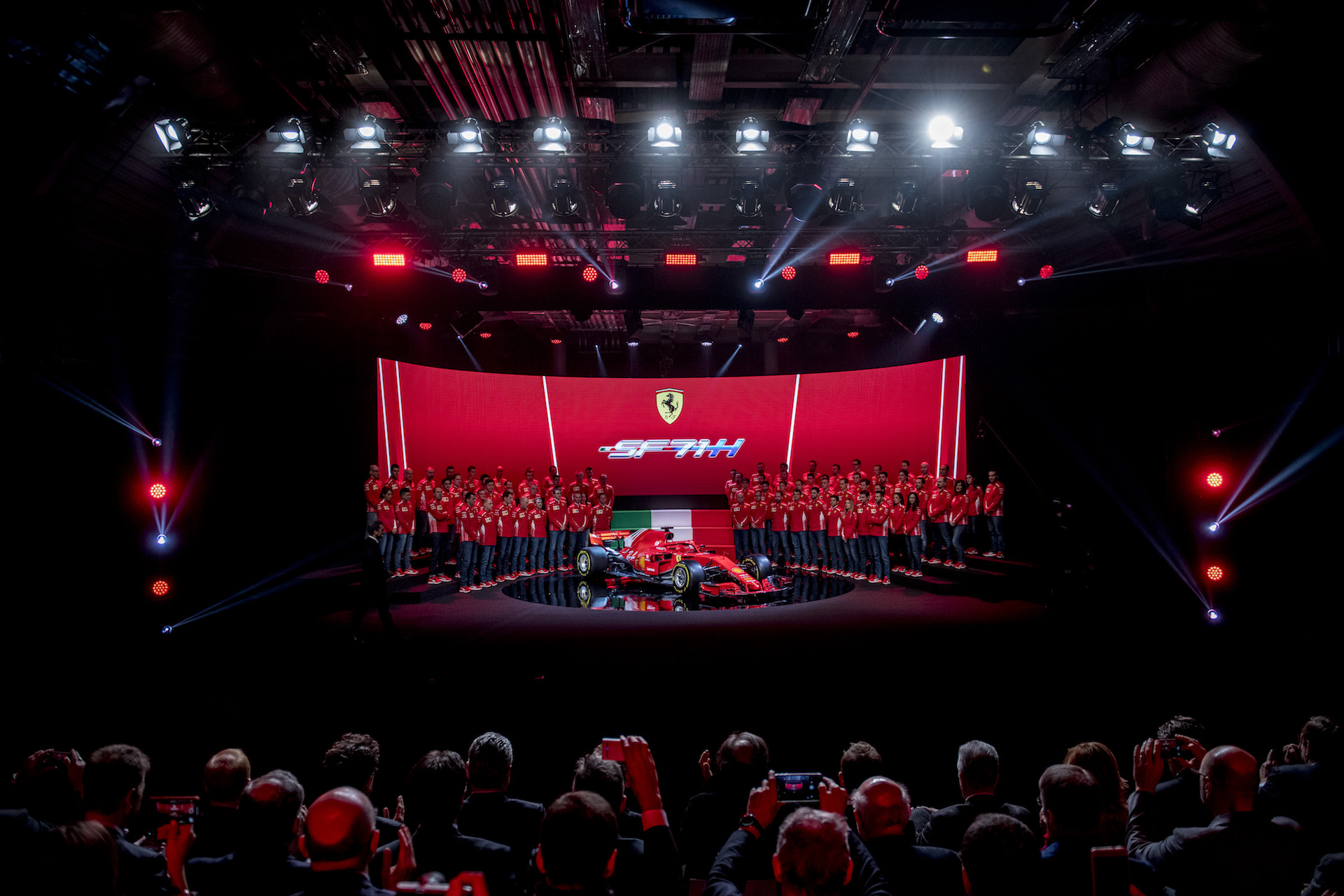 170012_sf70h-Ferrari_SF71H_Launch