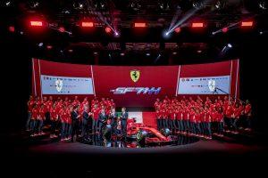 Vettel nem fél a riválisok versenyautóitól
