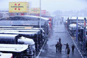 Aggódik az F1-es tesztek miatt a Pirelli