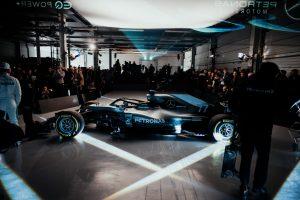 Kiderült, mikor debütál a Mercedes új F1-ese!