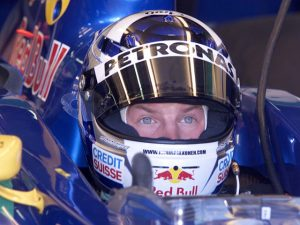 Hivatalos: Räikkönen marad az F1-ben, a Saubernél folytatja!