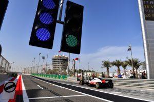 Jövőre már Bahreinben lehetnek az F1-es téli tesztek
