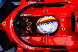 Vettel ennyi hibával nem lesz bajnok idén – Rosberg
