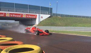 Szokatlan probléma hátráltatta Kvyat és a Ferrari gumitesztjét