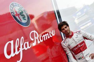 Giovinazzi lesz Räikkönen csapattársa 2019-ben