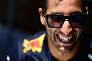 Hivatalos: A Renault-nál folytatja Daniel Ricciardo!