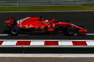 Vettel az élen az időmérő előtt a Hungaroringen