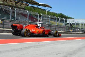 Fotók: A Hungaroringen tesztel az F1-es mezőny