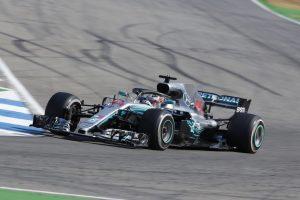 Hamilton nyert Németországban, Vettel az élen haladva hibázott és kiesett!