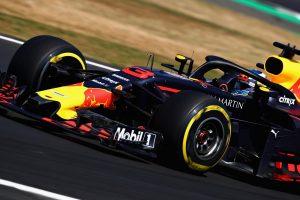 Ricciardo: A harmadik sorból nem akarok rajtolni!