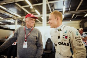 Az intenzíven ápolták Niki Laudát