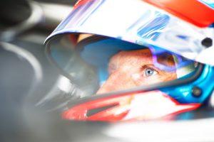 A nyári szünet után dönt versenyzőiről a Haas