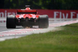 Vettel: Három csapat harcolhat a győzelemért Mogyoródon