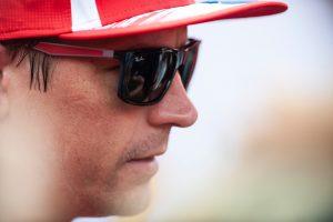 Videó: Räikkönen pályára vitte a Sauber autóját