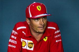 Ilyen az, amikor Räikkönen karácsonyi hangulatban van