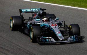 Fordult a kocka: Nagy előnyben Hamilton és a Mercedes