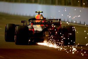 A Red Bullnál próbálják megoldani a motorgondokat a versenyig