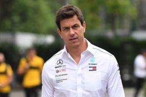 Wolff: Az FIA-nak nem volt választása, büntetniük kellett Vettelt