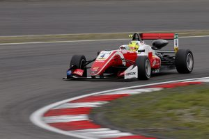 Mesterhármas: Schumacher-dominancia a Nürburgringen!