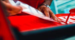 Fotó: A Ferrari felfedte új festését!