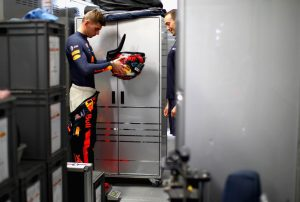 A Red Bull megtiltotta Verstappennek a MotoGP-tesztet