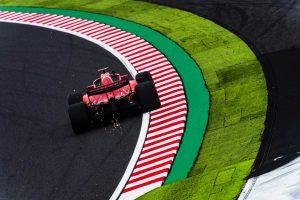 A Ferrari tovább teszteli új padlólemezét, a Red Bull lemásolta azt