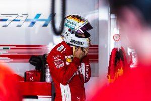 Versenytársai kiállnak Vettel mellett