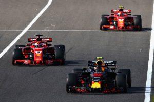 Vettel személyesen akar beszélni Verstappennel