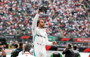Hamilton: Továbbra is Schumacher minden idők legjobbja