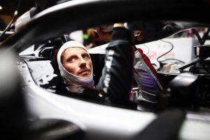 Grosjean már beült a Haas 2019-es autójába