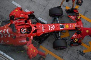 Videó: Így telt Leclerc tesztnapja a Ferrarinál