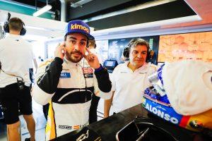 Nem sokáig bírta Alonso, ma újra F1-es autóba ült!