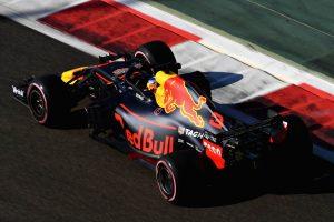 Ricciardo szerint gumielőnyben lesz a Red Bull