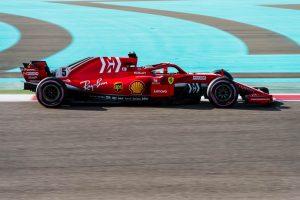 Vettel a leggyorsabb, Räikkönen napja nem volt sima a Saubernél