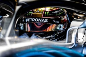 Hamilton győzött Abu Dhabiban, Räikkönen ferraris búcsúja nem sikerült jól