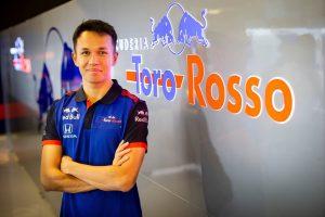 Ezzel a rajtszámmal debütál az F1-ben a Toro Rosso újonca