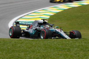 Hamilton nem vett vissza: Brazíliában is övé a pole!