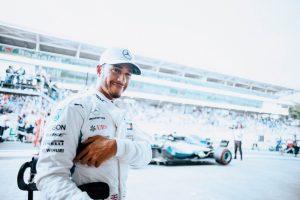 Fotó: Hamilton is ott volt a Moto GP nyitófutamán