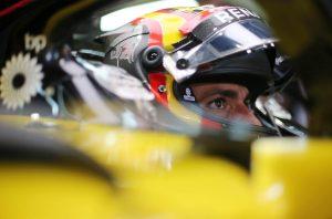 Sainz már jövő héten vezetheti a McLarent