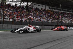 Vettel: Tudom, hogy Leclerc le akar majd győzni engem