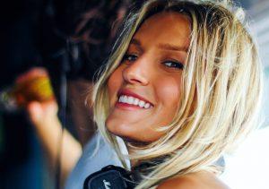 Fotó: Jól áll a bikini Vandoorne barátnőjének