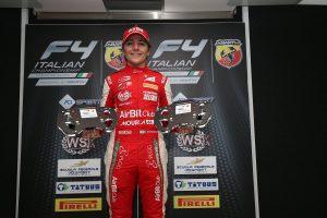 A Fittipaldi-unokával is szelfizett a kissé ittas Räikkönen